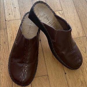 Kim Rogers size 8 shoes